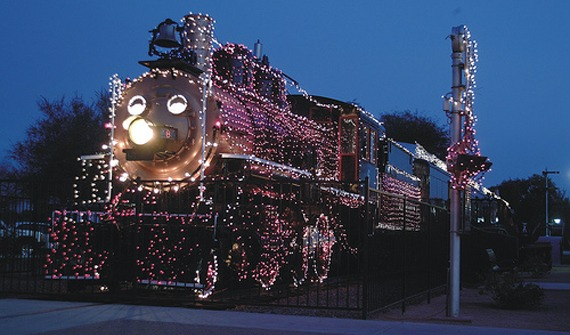 holiday-lights-at-mccormick-train-park-scottsdale