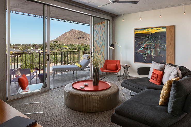 Hotel-Valley-Ho---Tower-Suite-Living-Room